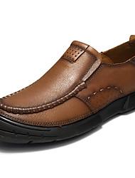 Недорогие -Муж. обувь Натуральная кожа Весна Лето Удобная обувь Мокасины и Свитер для Повседневные Коричневый Хаки