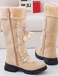 baratos -Mulheres Sapatos Pele Nobuck Outono / Inverno Conforto / Botas de Neve Botas Sem Salto Botas Cano Médio Bege / Roxo / Marron