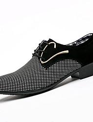 Недорогие -Муж. обувь Лакированная кожа Весна Осень Удобная обувь Туфли на шнуровке для Повседневные Для вечеринки / ужина Черный
