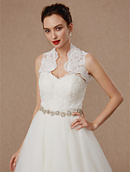 cheap -Sleeveless Lace Tulle Wedding Party / Evening Women's Wrap With Appliques Buttons Lace Vests