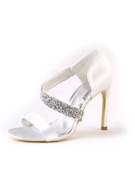 preiswerte -Damen Schuhe Seide Frühling Sommer Pumps Hochzeit Schuhe Stöckelabsatz Peep Toe Strass Schnalle für Hochzeit Party & Festivität Weiß