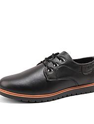 Homens sapatos Micofibra Sintética PU Primavera Outono Conforto Oxfords para Casual Preto Marron