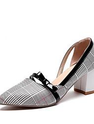 preiswerte -Damen Schuhe Kunststoff Kunstleder Frühling Herbst Pumps High Heels Blockabsatz Spitze Zehe für Hochzeit Party & Festivität Beige Braun