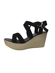 preiswerte -Damen Schuhe Leder Sommer Komfort Sandalen Keilabsatz Peep Toe für Normal Schwarz Rot