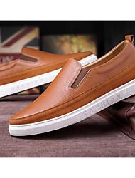 Homens sapatos Pele Primavera Outono Conforto Mocassins e Slip-Ons para Casual Preto Marron