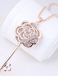 cheap -Women's Flower Shape Fashion Sweet European Pendant Necklace Rhinestone Alloy Pendant Necklace Causal Costume Jewelry