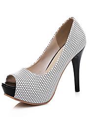 baratos -Mulheres Sapatos Couro Ecológico Primavera / Verão Plataforma Básica Saltos Salto Agulha Peep Toe Branco / Preto / Rosa claro