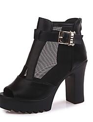 baratos -Mulheres Sapatos Tecido / Couro Ecológico Primavera / Verão Conforto Saltos Salto Robusto Peep Toe Branco / Preto