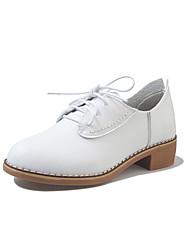 preiswerte -Damen Schuhe PU Frühling Sommer Leuchtende Sohlen Pumps Komfort Sandalen Blockabsatz Peep Toe für Party & Festivität Kleid Weiß Schwarz