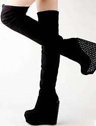 baratos -Mulheres Sapatos Pele Nobuck Inverno Botas da Moda Conforto Botas Salto Plataforma Botas Acima do Joelho para Casual Preto Marron