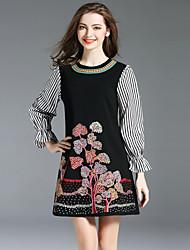 baratos -Mulheres Vintage Moda de Rua Manga Alargamento Evasê Vestido - Bordado, Floral Mini
