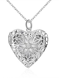 Недорогие -Муж. Жен. Ожерелья с подвесками - Сердце европейский, Мода, Светящийся Светящийся Серебряный 45 cm Ожерелье Бижутерия Назначение Повседневные