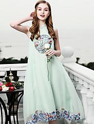 baratos -Mulheres Vintage Sofisticado Evasê Vestido - Bordado, Sólido Altura dos Joelhos