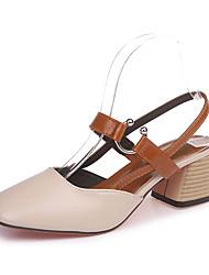 baratos -Mulheres Sapatos Borracha Outono / Inverno Conforto Saltos Salto Baixo Ponta quadrada Presilha Bege / Castanho Escuro