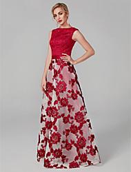 economico -Linea-A A barca Lungo Di pizzo Graduazione / Serata formale Vestito con Con applique di TS Couture®