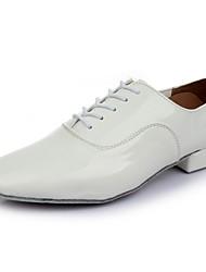 preiswerte -Herrn Schuhe für den lateinamerikanischen Tanz PU Sneaker Flacher Absatz Maßfertigung Tanzschuhe Weiß / Innen