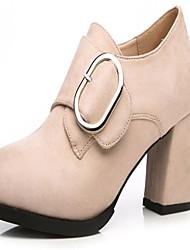 baratos -Mulheres Sapatos Borracha Outono Conforto Botas Salto Baixo Dedo Apontado Preto / Amêndoa / Castanho Claro