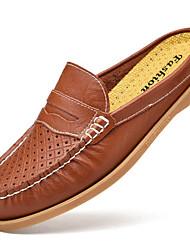 Недорогие -Муж. Мокасины Наппа Leather Лето Удобная обувь Башмаки и босоножки Для плавания Черный / Коричневый