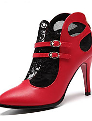 baratos -Mulheres Sapatos Pele Primavera Plataforma Básica Saltos Salto Agulha Dedo Apontado Presilha para Ao ar livre Preto / Vermelho