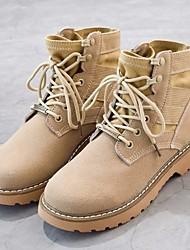 baratos -Mulheres Sapatos Couro Outono & inverno Coturnos Botas Salto Baixo Ponta Redonda Botas Cano Médio Preto / Bege