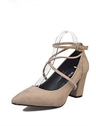 baratos -Mulheres Sapatos Sintético / Camurça Verão Conforto Saltos Caminhada Salto Robusto Dedo Apontado Preto / Bege / Camel