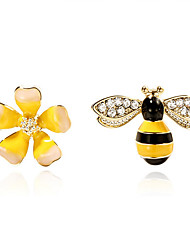 cheap -Mismatched Stud Earrings - Floral / Botanicals, Flower, Bee Fashion Yellow For Daily