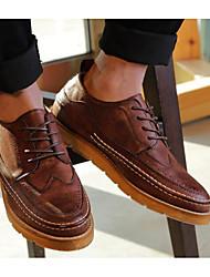 baratos -Homens sapatos Micofibra Sintética PU Outono Conforto Oxfords Preto / Café / Marron