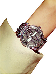 baratos -Mulheres Relógio de Pulso Japanês Cronógrafo / Luminoso / imitação de diamante Lega Banda Luxo / Elegante Prata / Dourada / Dois anos / Sony SR626SW + CR2025