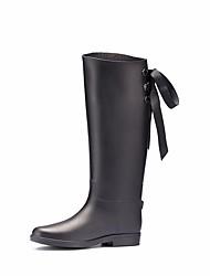 baratos -Mulheres Sapatos Pele PVC Outono Botas de Chuva Botas Sem Salto Botas Cano Médio Preto / Preto / Vermelho / Preto / verde
