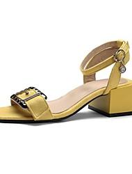 baratos -Mulheres Sapatos Courino Verão Tira no Tornozelo Sandálias Caminhada Salto Robusto Peep Toe Presilha para Ao ar livre Preto / Amarelo /