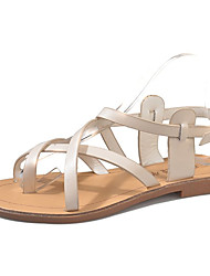 Недорогие -Жен. Обувь Полиуретан Лето Обувь через палец Сандалии На плоской подошве Пряжки Белый / Черный / Бежевый
