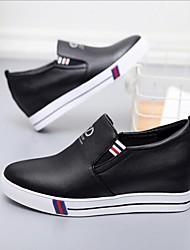 preiswerte -Damen Schuhe Leder Frühling / Herbst Komfort Loafers & Slip-Ons Flacher Absatz Schwarz