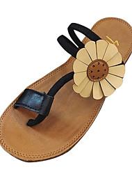 Недорогие -Жен. Обувь Полиуретан Лето Удобная обувь Сандалии На плоской подошве Круглый носок Черный / Коричневый / Зеленый