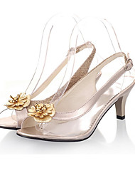 abordables -Mujer Zapatos Cuero PVC Verano Zapato transparente Sandalias Tacón Stiletto Punta abierta Hebilla Dorado / Negro / Plata / Fiesta y Noche