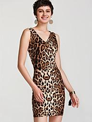 Недорогие -Жен. Обтягивающие Облегающий силуэт Платье - Леопард, Классический V-образный вырез Средней длины