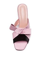 baratos -Mulheres Sapatos Cetim Verão Conforto Sandálias Calcanhar Heterotípico Dedo Aberto Rosa claro / Amêndoa