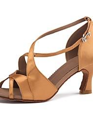 baratos -Mulheres Sapatos de Dança Latina Cetim Sandália / Salto Presilha Salto Alto Magro Personalizável Sapatos de Dança Marron