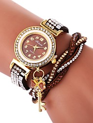 abordables -Femme Bracelet de Montre Chinois Montre Décontractée / Adorable / Imitation de diamant Polyuréthane Bande Bohème / Mode Noir / Blanc /