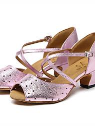 baratos -Mulheres Sapatos de Dança Latina Pele Sandália Saiu ao lado Salto Grosso Sapatos de Dança Dourado / Rosa claro