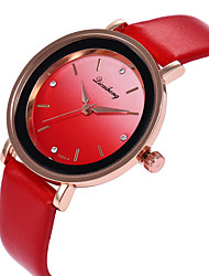 baratos -Mulheres Relógio de Pulso Relógio Casual / Adorável PU Banda Casual / Fashion Preta / Branco / Vermelho