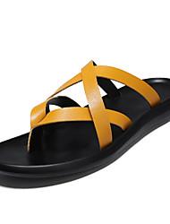 Недорогие -Муж. Полиуретан Лето Удобная обувь Тапочки и Шлепанцы Золотой / Белый / Черный