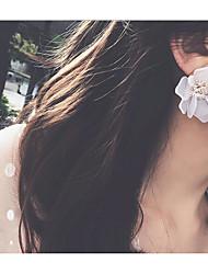 economico -Per donna Alla moda Orecchini a bottone - Fiore decorativo Dolce, Di tendenza Bianco Per Matrimonio / Feste