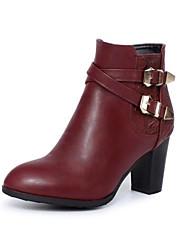 Недорогие -Жен. Обувь Полиуретан Наступила зима Модная обувь Ботинки На толстом каблуке Круглый носок Ботинки Пряжки Черный / Винный / Темно-коричневый