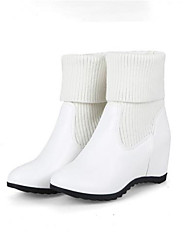 cheap -Women's Shoes Knit Winter Comfort / Basic Pump Boots Walking Shoes Low Heel Round Toe Mid-Calf Boots White / Black