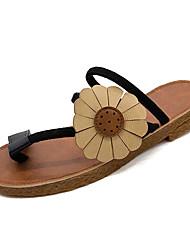 Недорогие -Жен. Обувь Полиуретан Лето С ремешком на лодыжке Сандалии На плоской подошве Цветы из сатина Черный / Коричневый / Зеленый