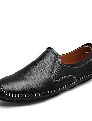 Недорогие -Муж. Комфортная обувь Кожа Осень На каждый день Мокасины и Свитер Нескользкий Черный / Коричневый / Синий