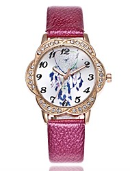 Недорогие -Жен. Нарядные часы Наручные часы Diamond Watch Кварцевый Стеганная ПУ кожа Черный / Белый / Синий Творчество Новый дизайн Повседневные часы Аналоговый Дамы На каждый день Мода - Красный Синий Розовый