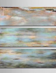 Недорогие -Hang-роспись маслом Ручная роспись - Абстракция Modern холст / 3 панели