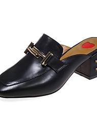 levne -Dámské Boty Nappa Leather Jaro / Léto Pohodlné Bačkory a dřeváky Kačenka S uzavřeným palcem Bílá / Černá / Červená