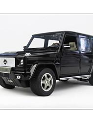 baratos -Carro com CR Rastar 30400-2 4CH 27MHz Carro 1:14 8 km/h KM / H Controle Remoto / Luminoso